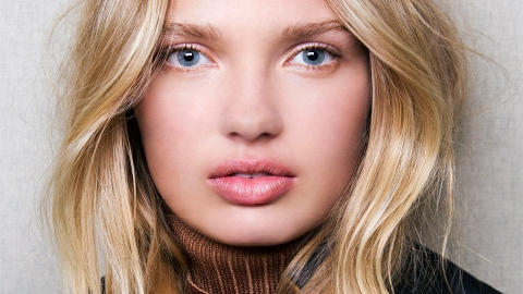 This Simple Move Gave Me Perfect Beachy Waves | StyleCaster