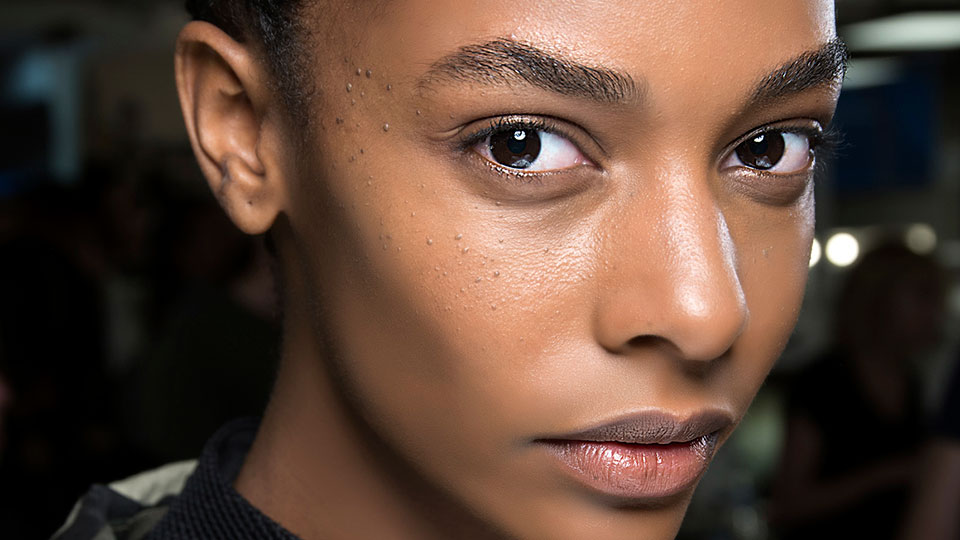 12 Standout Primers for Oily Skin That'll Keep Shine at Bay   StyleCaster