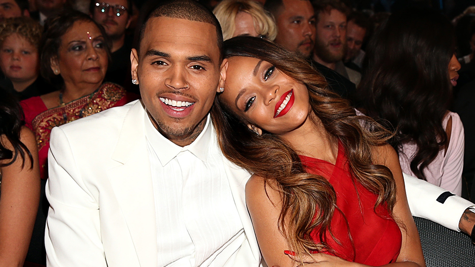 Rihanna Reacts To Chris Brown Drake S Friendship After Breakups Stylecaster