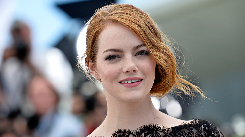 Emma Stone Ditches Her Bob for Platinum-Blonde Extensions