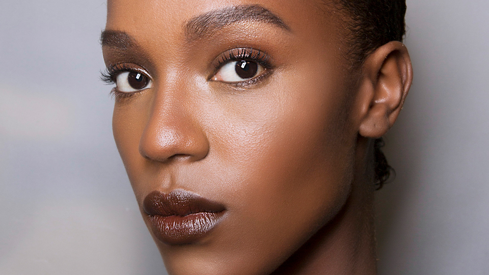 7 of Our Favorite Contour and Highlighting Sticks | StyleCaster