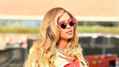 Beyoncé and Blue Ivy Help Hurricane Victims, Melt Hearts | StyleCaster