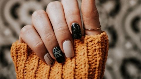 25 Halloween Nail Art Ideas to Try This Year | StyleCaster