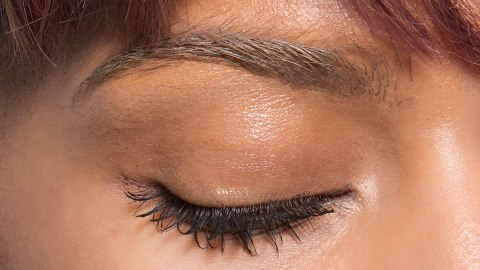 We Have a Lot of Feelings About This New Brow Trend | StyleCaster