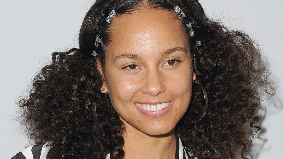 Alicia Keys Debuts Blue Purple Pink Color Hair Stylecaster