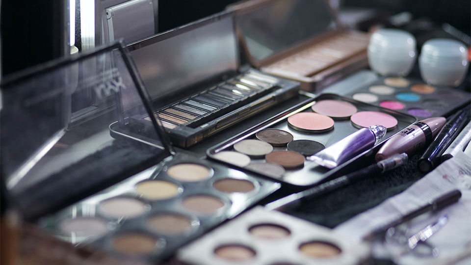 5 Things to Remember While Shopping Amazon's Beauty Section
