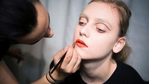 10 Orange Lipsticks to Wear This Fall | StyleCaster
