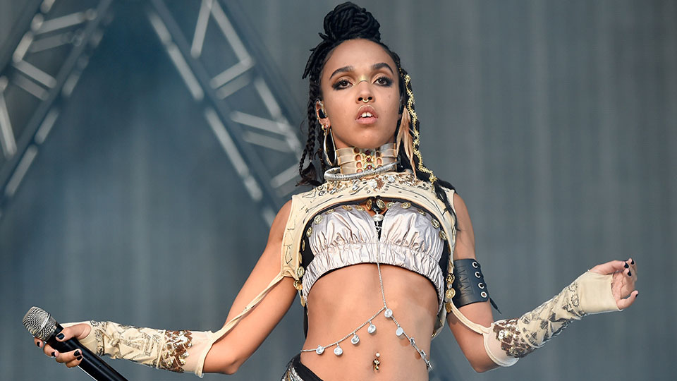 FKA twigs Launches the First Instagram Zine