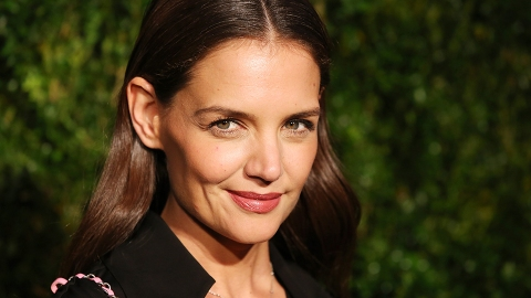 Katie Holmes Is Unrecognizable with New Super-Short hair | StyleCaster