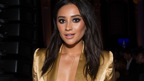 Shay Mitchell Just Got a New, Delicate Wrist Tattoo | StyleCaster