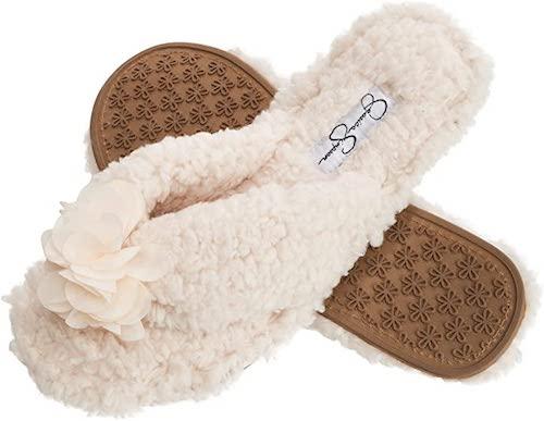 STYLECASTER | Best Slippers | cream slipper slides
