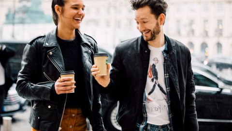 8 Habits of Women in Healthy, Happy Relationships | StyleCaster
