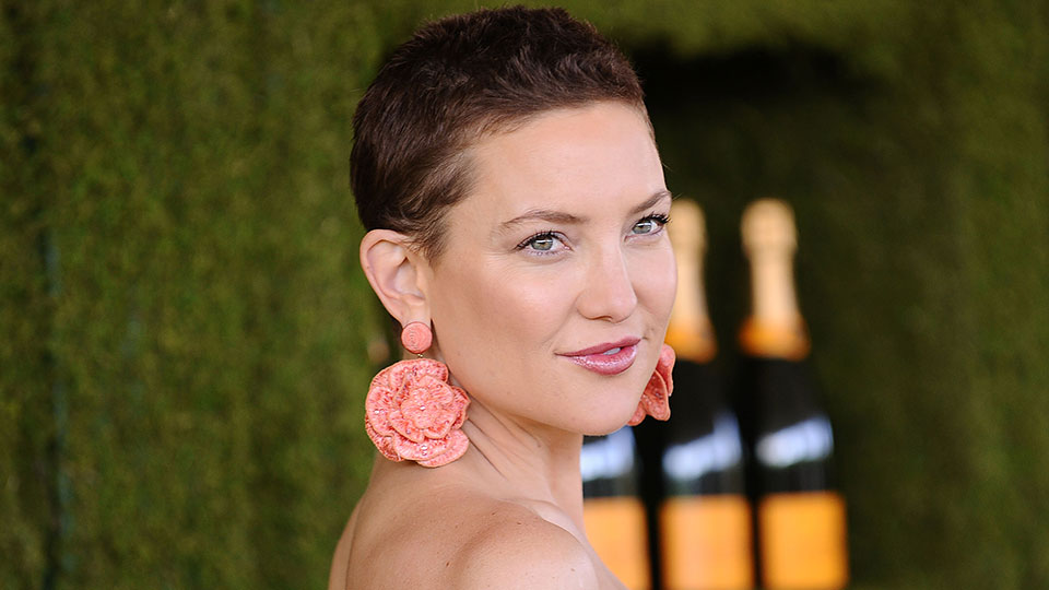Kate Hudson Debuted a Textured Ombré Pixie Haircut, and We're Loving It