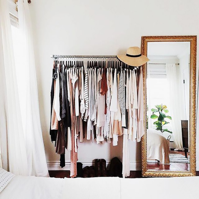 main original 640x0c Simple Steps to Declutter Your Closet for a Fresh Fashion Start in 2018