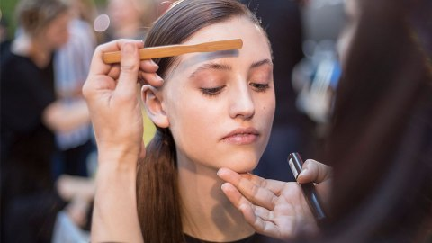 Offbeat Beauty Hacks to Cop from Makeup Artists | StyleCaster