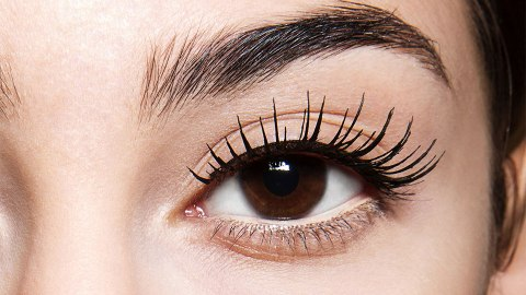 False Eyelashes Inspired by 'Mean Girls' Actually Exist | StyleCaster