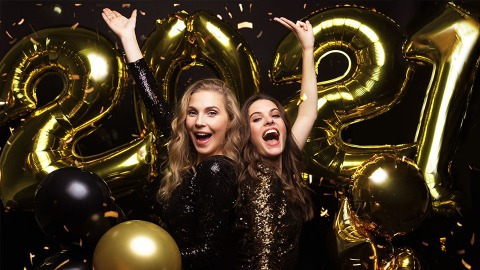 15 Ways To Make Your New Year's Eve Party Extra-Sparkly | StyleCaster
