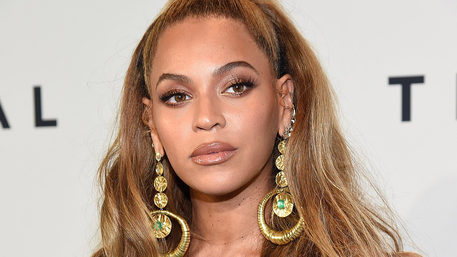 Beyoncé Hinted that She Has a Secret Snapchat, and Fans Are Going Wild