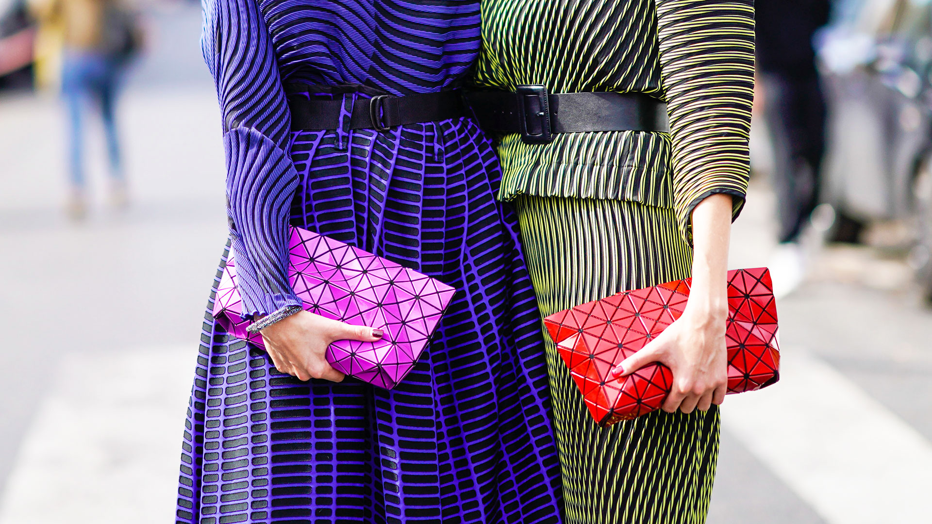 STYLECASTER | On-Trend Clutches
