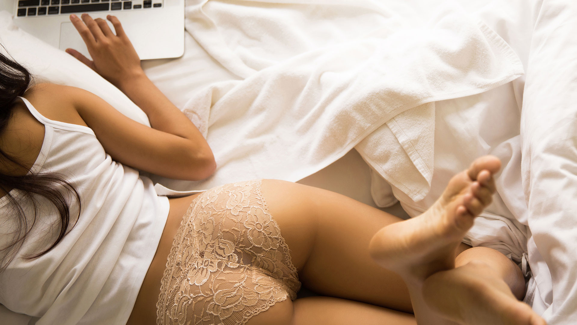 How Being a Cam Girl Helped Me Own My Sexuality