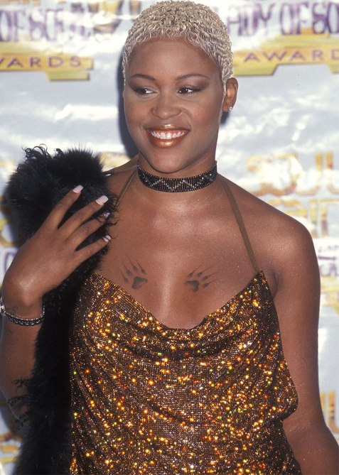 black beauty moments eve 1 The Most Iconic Black Beauty Looks of All Time