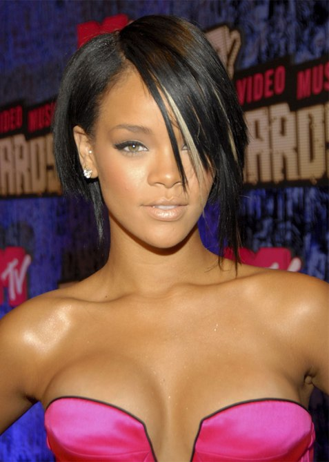 black beauty moments rihanna 1 The Most Iconic Black Beauty Looks of All Time