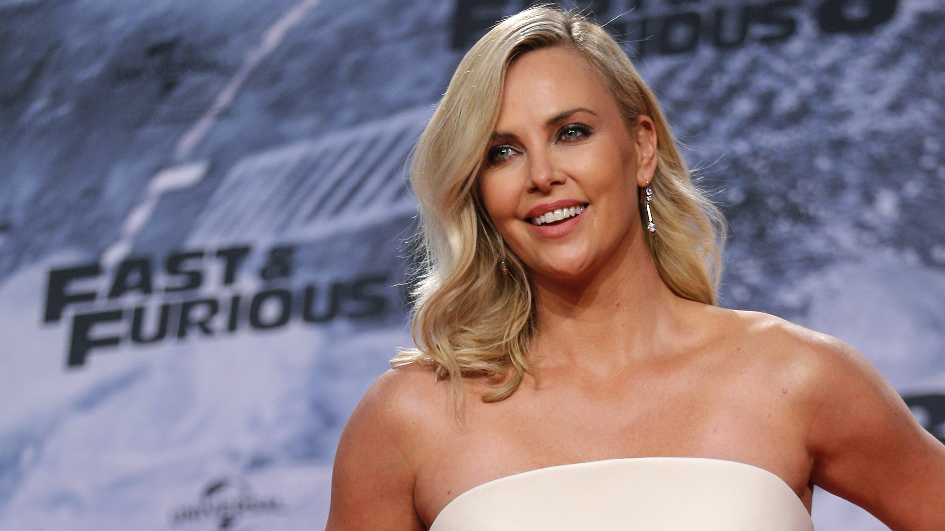 Here's the Real Reason Charlize Theron Stopped Smoking Weed