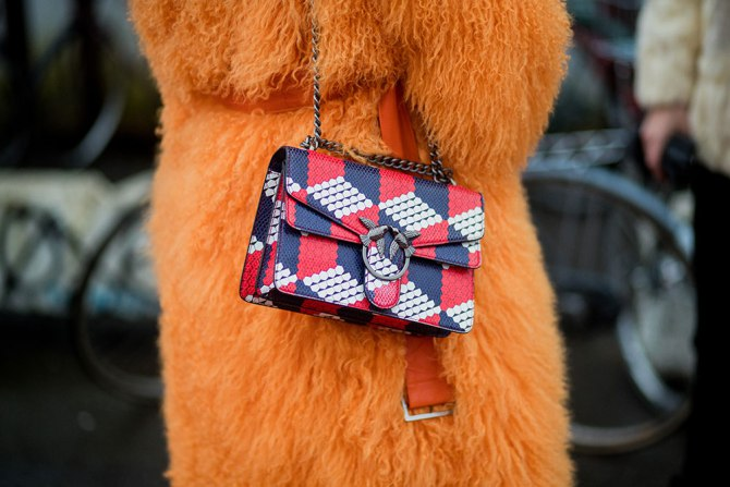 5 Effective Ways to Keep Your Purse Clean