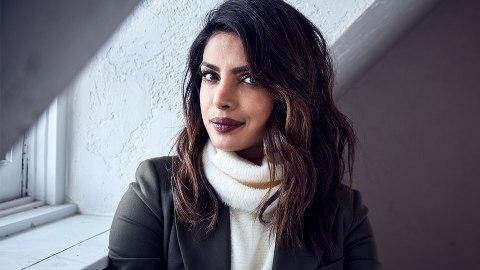 The Internet Keeps Finding Priyanka Chopra Lookalikes | StyleCaster