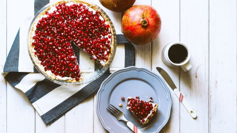 11 Tasty Seasonal Desserts That Feature Winter Fruits | StyleCaster