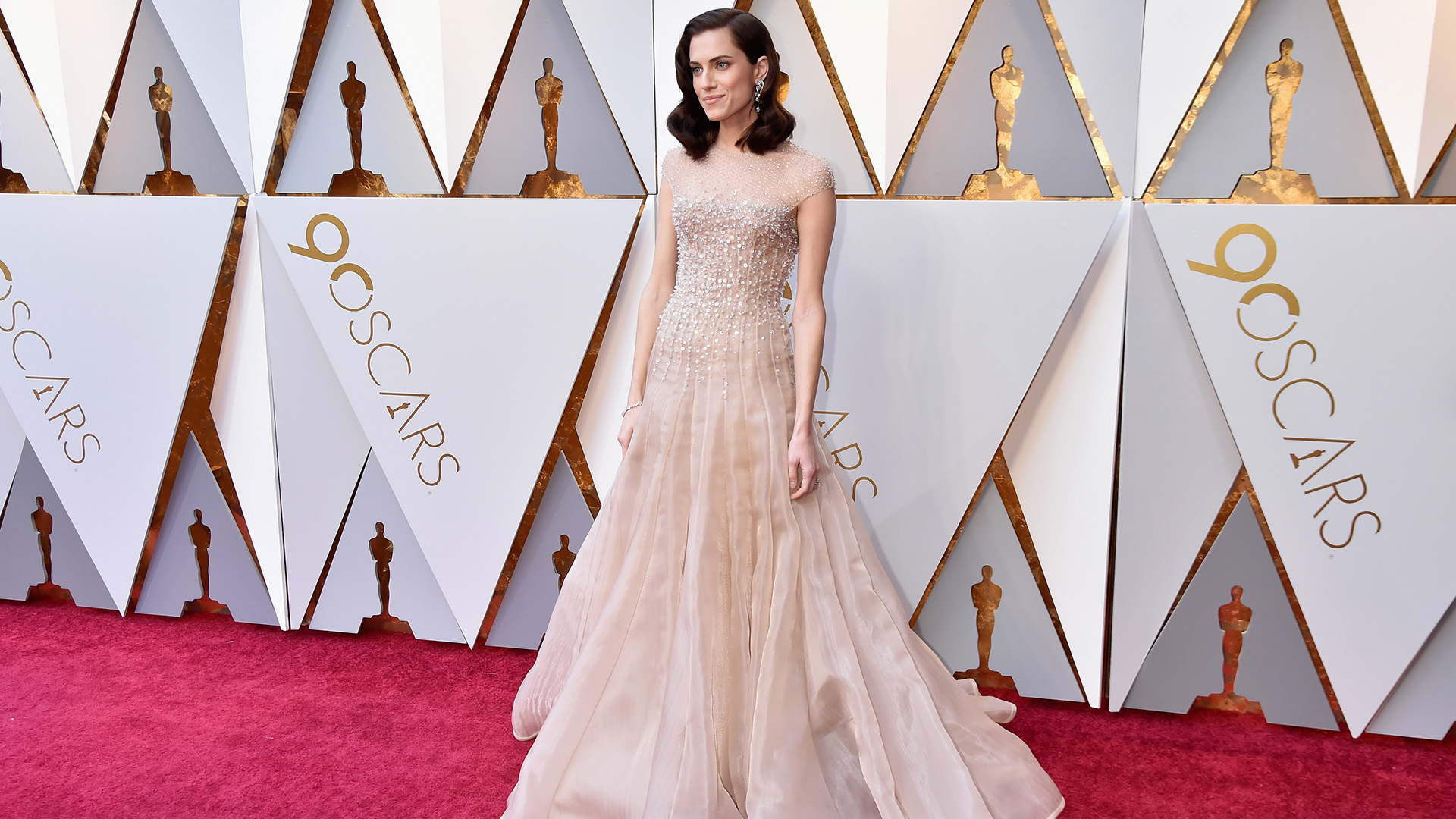 The Best-Dressed Celebrities from the 2018 Oscars Red Carpet