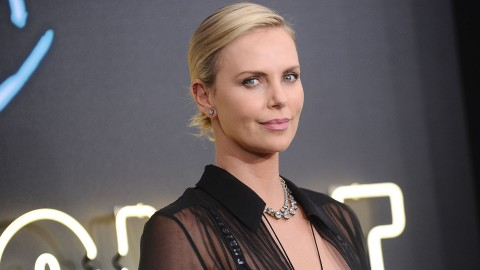 Charlize Theron Just Debuted a Major Hair Change at the 2019 Oscars | StyleCaster