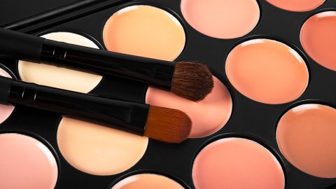 All-Natural Concealers to Add to Your Clean Beauty Collection | StyleCaster