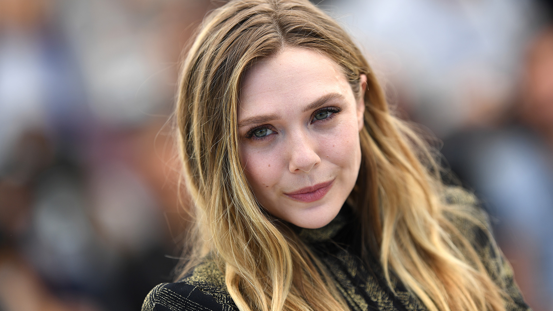 Elizabeth Olsen Called Out a Magazine for Drastically Photoshopping Her Face
