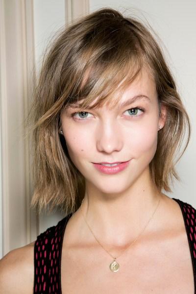 12 Medium Short Hairstyles We Love Stylecaster