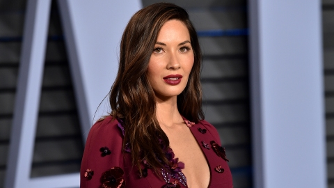 Olivia Munn's Permanent Fix for Flat, Textureless Hair | StyleCaster