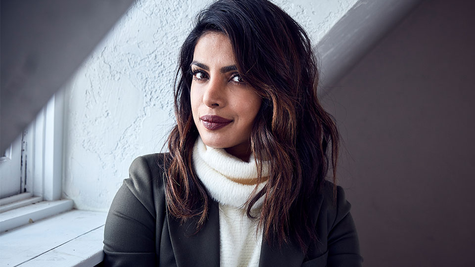 Priyanka Chopra's Makeup Artist Shares the Easy Way to Get 'Glass Skin'