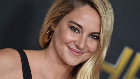 Shailene Woodley Looks Completely Different with Black Hair and Bangs | StyleCaster