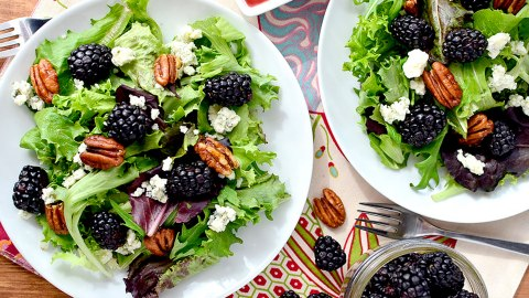 Spring Salads That Will Make Lunch the Highlight of Your Day | StyleCaster