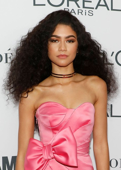 blunt haircuts zendaya The Straight Edge Hairstyle to Try When You Want to Level Up Your Look