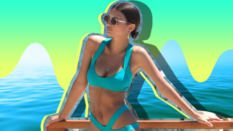 A Guide to Emily Ratajkowski's Hottest Swimsuit Photos | StyleCaster