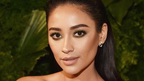 Shay Mitchell Responds to Claims That She Fakes Her Instagrams | StyleCaster