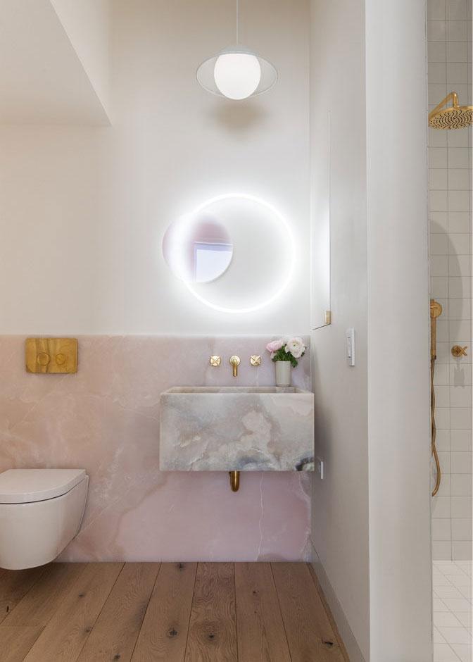 Chic Bathroom Decor