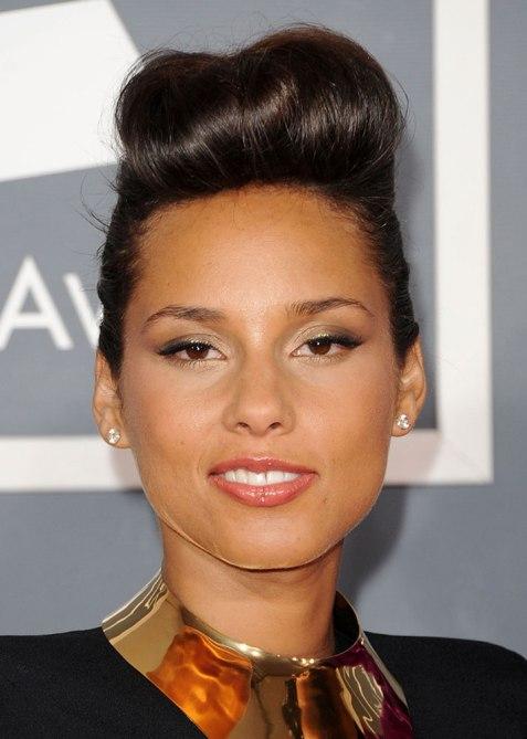 STYLECASTER | Celebrity Pompadours | Alicia Keys