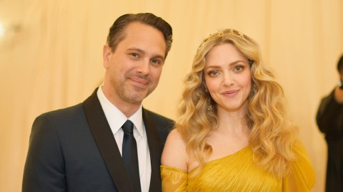 Amanda Seyfried and Her Husband Were All About PDA at the Met Gala | StyleCaster