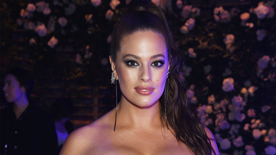Why You Shouldn't Copy Ashley Graham's Self-Tanner Windex Hack