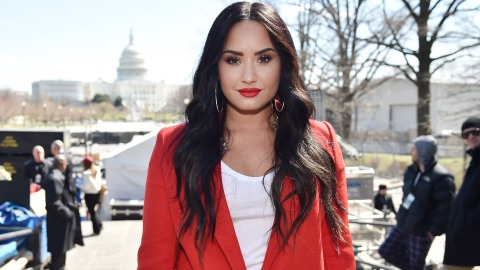 Demi Lovato Chopped Off Her Hair and Looks Incredible | StyleCaster
