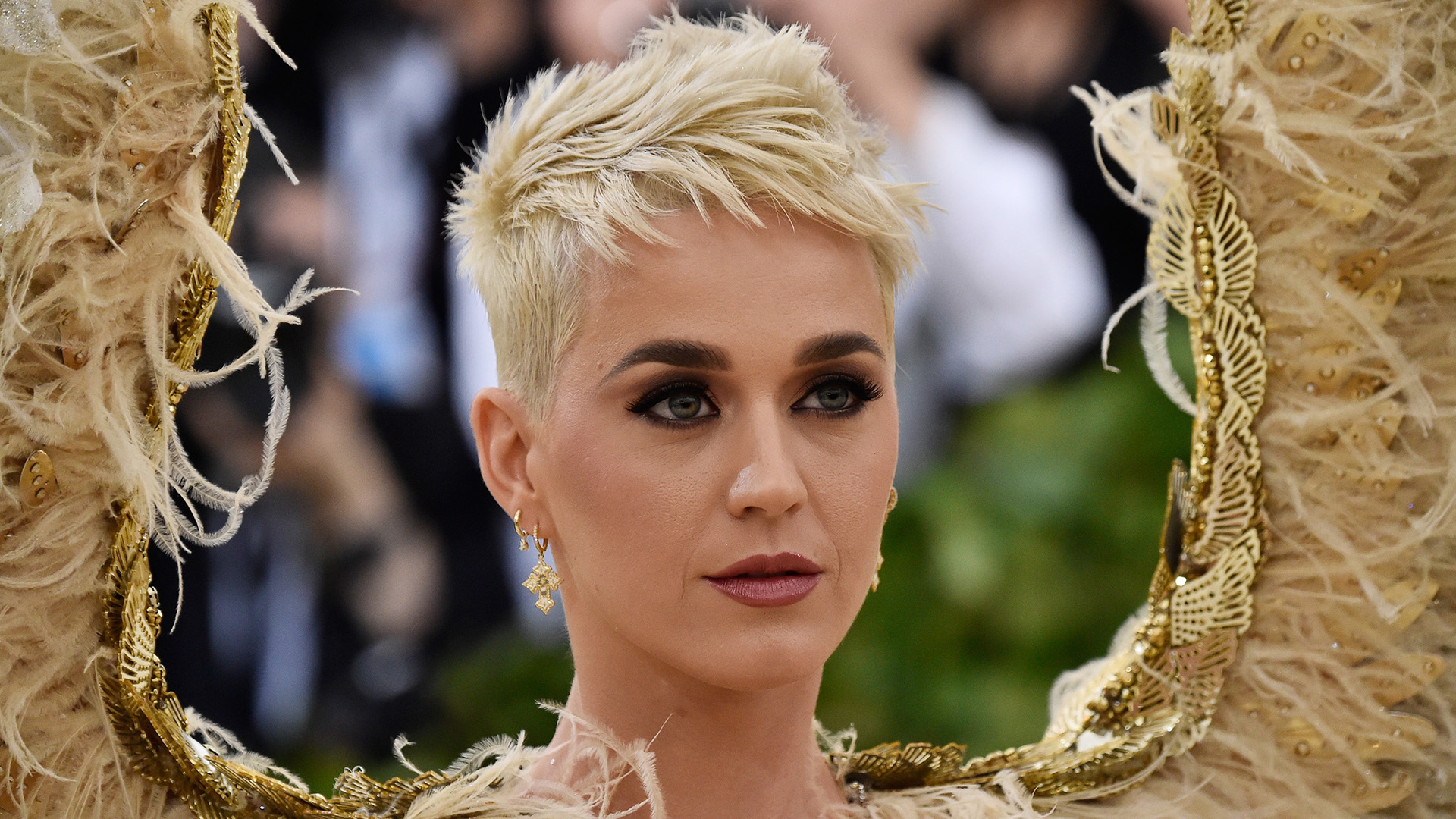 We Haven't Seen Katy Perry's Hair Like This in a Long Time
