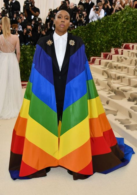 STYLECASTER | 43 Celebrity Met Gala Looks That Went Down in Fashion History