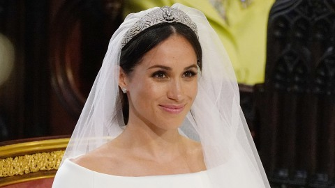 How Meghan Markle Broke Royal Tradition with Her Wedding Dress | StyleCaster